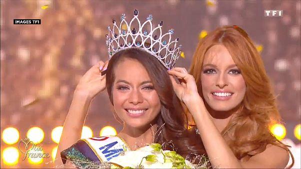 Vaimalama Chaves, Miss France 2019, lors de la cérémonie à Lille