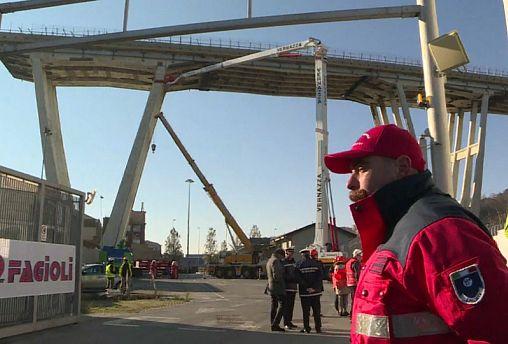 Gênes : feu vert attendu pour la démolition du pont