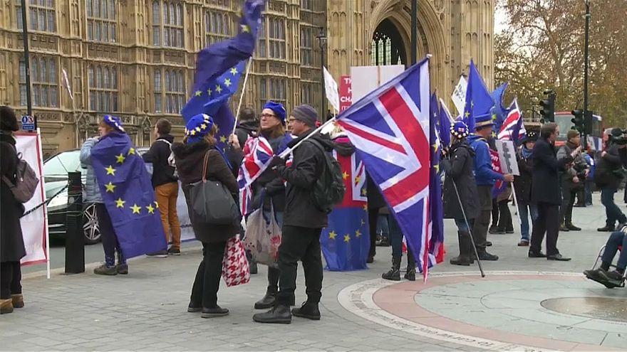 «Брексит»: переждать праздники