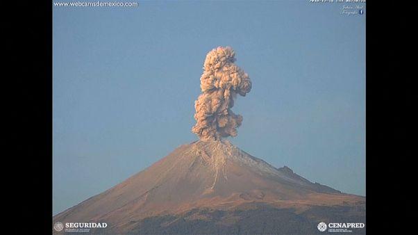ثوران بركان في المكسيك