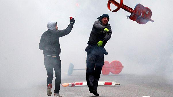Gewaltausbrüche nach Demo gegen Migrationspakt