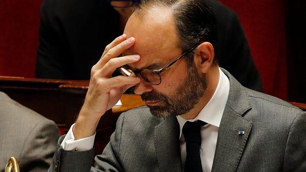 رئيس وزراء فرنسا يتوقع عجزا بالميزانية يتجاوز الحد المقبول بالاتحاد الأوروبي