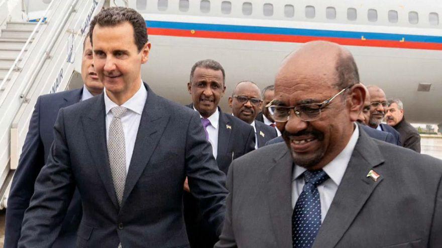 Le président soudanais rencontre Assad à Damas