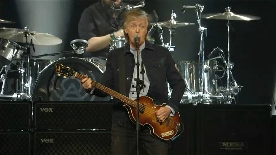 "Paul McCartney soltou a ""Beatlmania"" ao vivo em Londres"