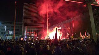 Erőszakkal dobták ki az ellenzéki képviselőket az MTVA-ból