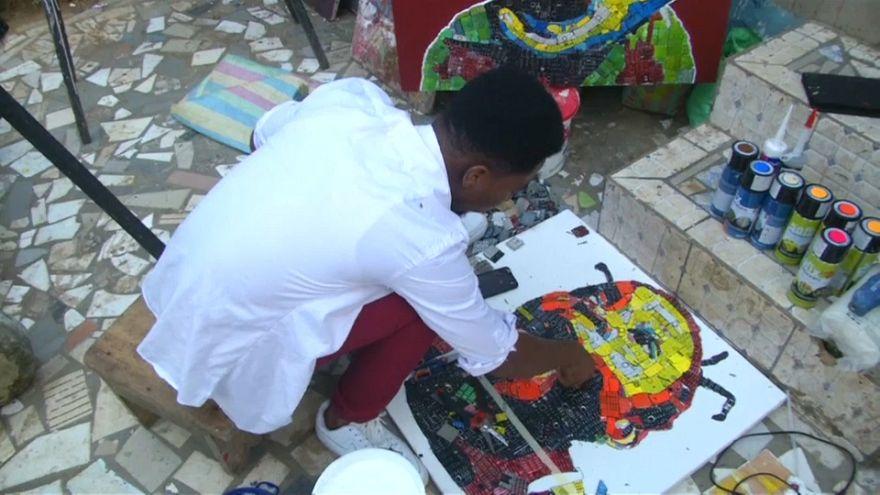 Désiré Koffi dà vita ai rifiuti elettronici