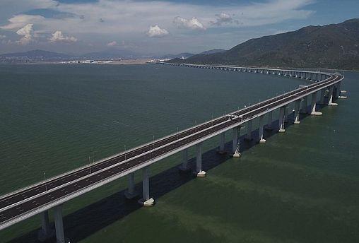 Мост над дельтой Жемчужной реки