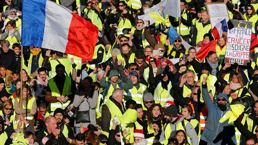 """""""Gilets jaunes"""" : l'heure est à la structuration politique"""