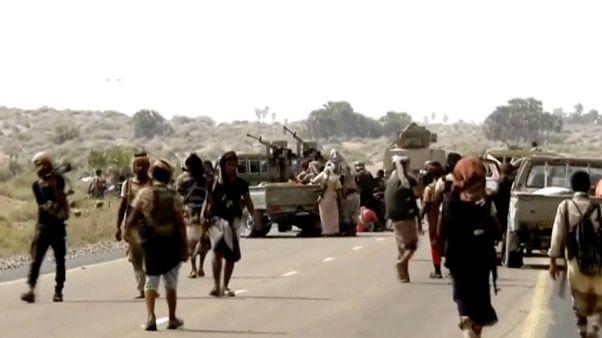 دوي انفجارات في الحديدة باليمن في اليوم الأول للهدنة