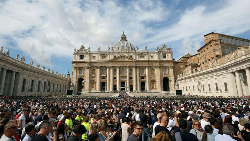 اعتقال صومالي في إيطاليا بعد تعليقات عن شن هجوم على الفاتيكان