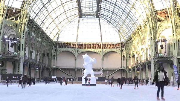 A Paris, le Grand Palais se métamorphose en patinoire géante