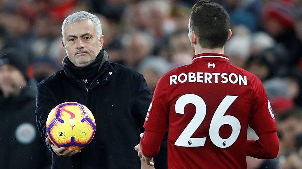 Manchester United Teknik Direktörü Mourinho görevinden kovuldu