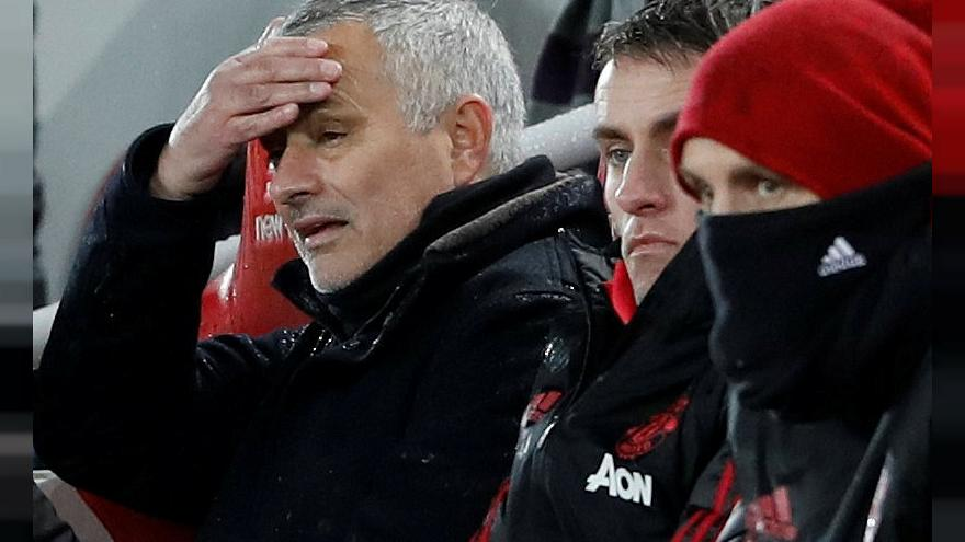 Manchester United-Mourinho, è finita: il club annucia l'addio