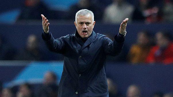 مانشستر يونايتد يعلن رحيل جوزيه مورينيو