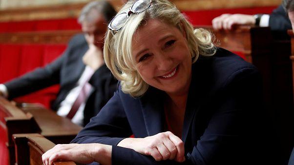 La popularidad de Marine Le Pen se dispara con la crisis de los chalecos amarillos