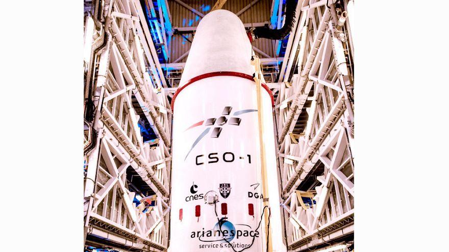 Francia lanza en órbita el satélite espía más sofisticado de Europa