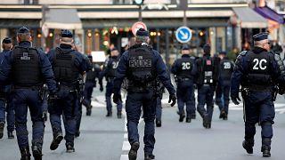 Los policías franceses dicen basta ya y amenazan con sumarse a los chalecos amarillos