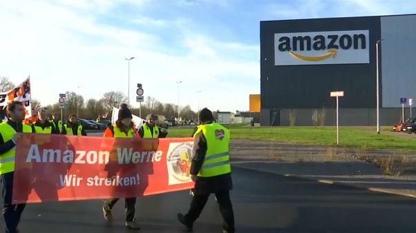 Amazon - похититель Рождества