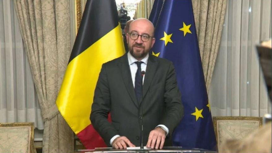Βέλγιο: Αναποφάσιστος ο βασιλιάς για την παραίτηση Μισέλ