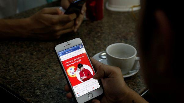 فيسبوك يحذف المئات من حسابات ميانمار بسبب صلاتها بالجيش