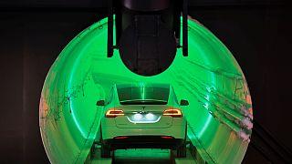 Маск проложил туннель под Лос-Анджелесом