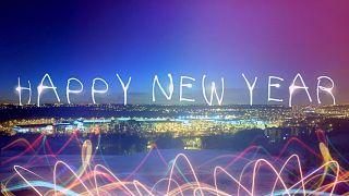 كيف تحتفل الدول الأوروبية بحلول السنة الجديدة؟... فريق تحرير يورونيوز المتعدد الجنسيات يتحدث عن ذلك