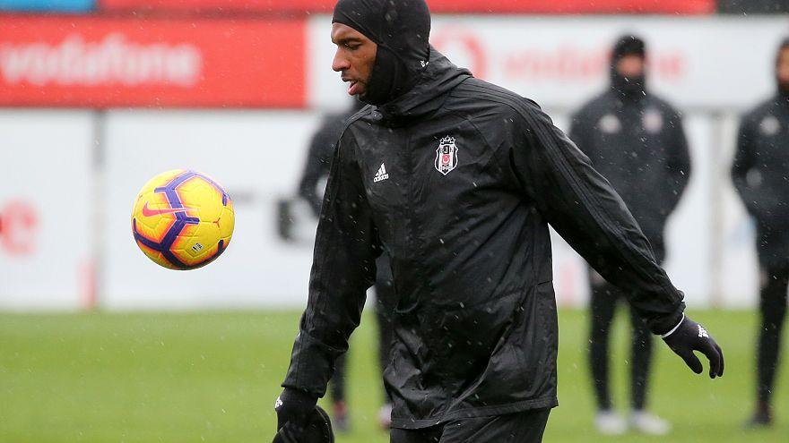 Beşiktaşlı Ryan Babel uzun bir aranın ardından tekrar antrenmanda