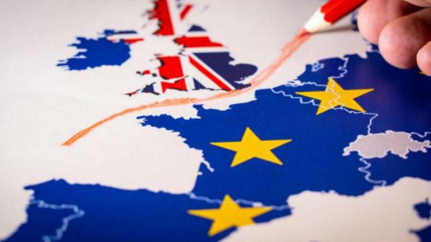 Brexit'e 100 gün kala İngiltere ve AB anlaşmasız ayrılık senaryosuna hazırlanıyor