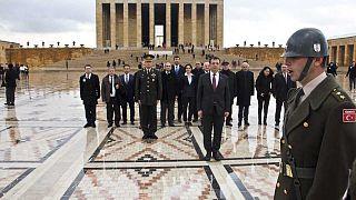 """İmamoğlu Anıtkabir'de: """"İstanbul'u sevdiğinizi biliyoruz"""""""