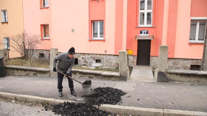 A lengyel szénbányászat átka