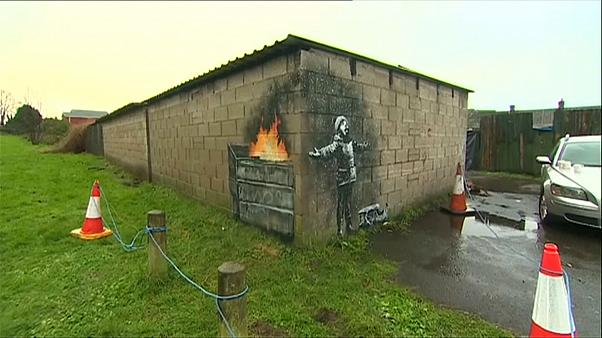 "Banksy wünscht ""Frohes Fest"" - mit Ascheflocken"