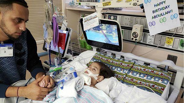 مادر کودک یمنی رو به مرگ سرانجام مجوز ورود به آمریکا را دریافت کرد