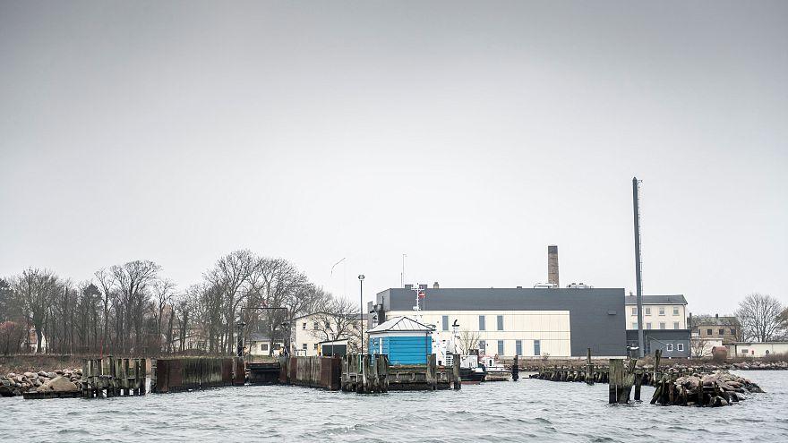 دانمارک پناهجویان بزهکار را به یک جزیره دور افتاده منتقل میکند