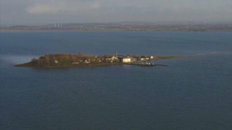 """Une île pour parquer les migrants """"indésirables"""" au Danemark"""