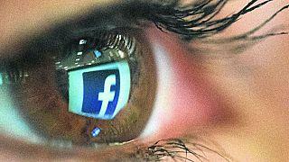 Facebook'ta yeni skandal: Özel mesajlar da satılmış