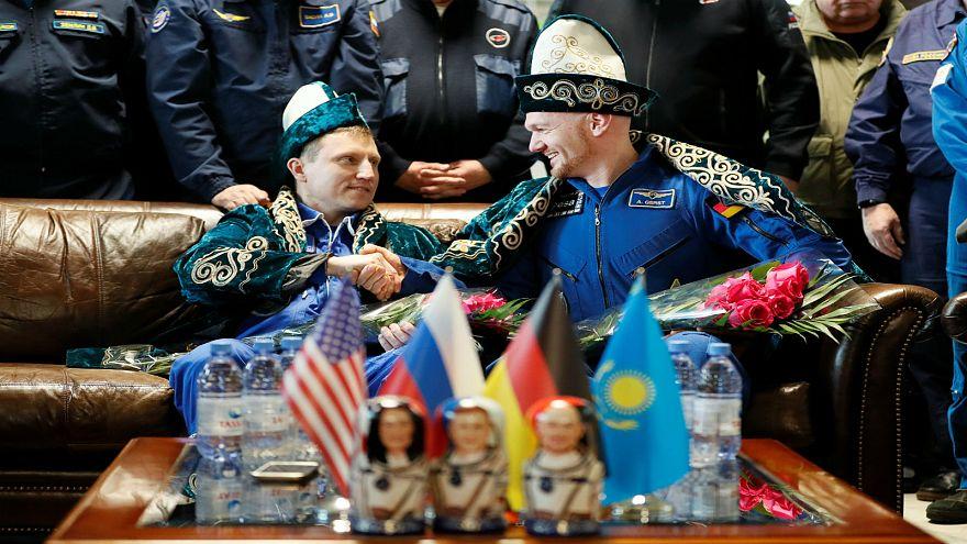 رائدا الفضاء الألماني ألكسندر جيرست والروسي سيرغي بروكوبييف 20-12-2018