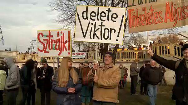 Szervezik a sztrájkot a szakszervezetek