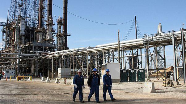 تولید نفت شیل به قیمت بحران مالی؛ چشمانداز نگرانکننده اقتصاد آمریکا