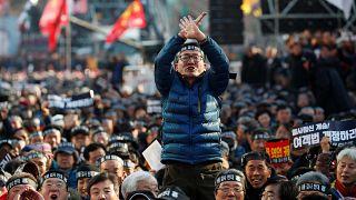 شاهد: احتجاجات سائقي الأجرة في كوريا الجنوبية ضد دخول خدمة أوبر