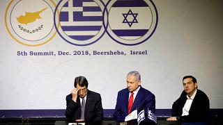"""أنبوب غاز """"شرق المتوسط"""" في صلب قمة إسرائيلية يونانية قبرصية"""