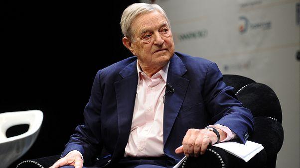Tartışmalı milyarder işadamı Soros 'yılın kişisi' seçildi