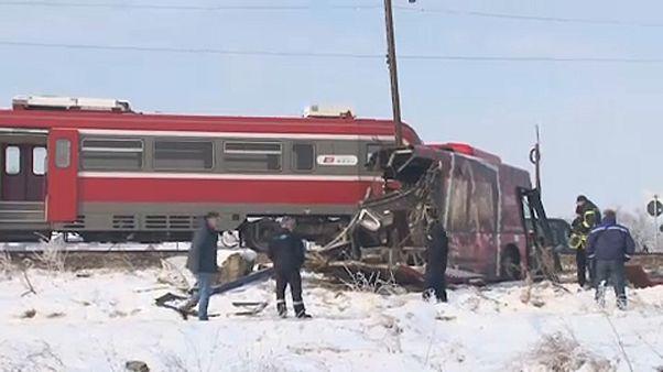 Сербия: авария на железной дороге