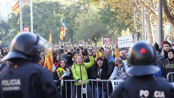 Barcelona hit with mass protests against Spanish Cabinet meeting