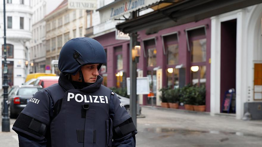 Un muerto y un herido en un tiroteo en Viena