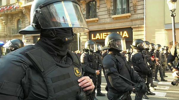 Violência e detenções em Barcelona