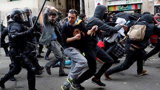 Ausschreitungen in Barcelona: Mindestens 50 Verletzte