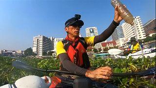 Cientos de kilómetros en kayak para concienciar por el medio ambiente