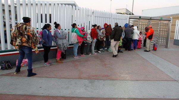 Trump'ın göçmenlik başvurusunu zorlaştıran beyannamesine Yargıtay'dan ret
