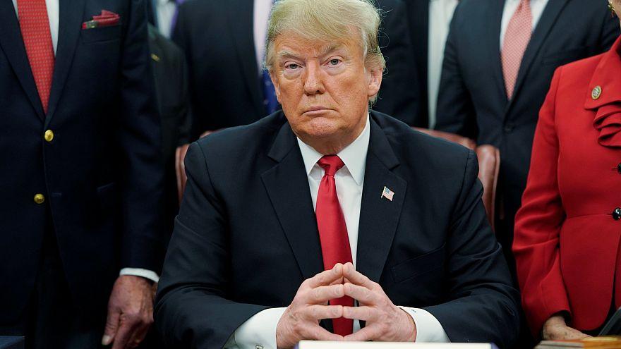 Trump carga contra la Reserva Federal