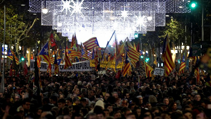Thousands of Catalan separatists rally in Barcelona